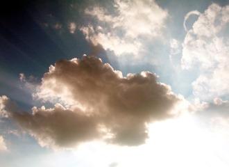"""Eurosent-Lu gère la mise en place des différents outils """"cloud"""" pour les entreprises."""
